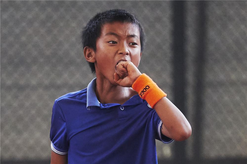 【民间大咖】滇池边追梦的佤族网球少年,命运就此大不同